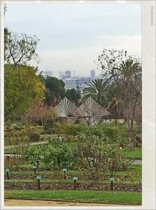 Vue sur Barcelone depuis les Jardins de Cervantes