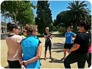 DonesRunners. Escuchando los consejos de nuestra muy buena coach Maria Luisa.